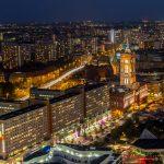 Über den Dächern von Berlin - Berliner Straße bei Nacht II