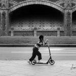 Roller - Straßenszene aus Antwerpen