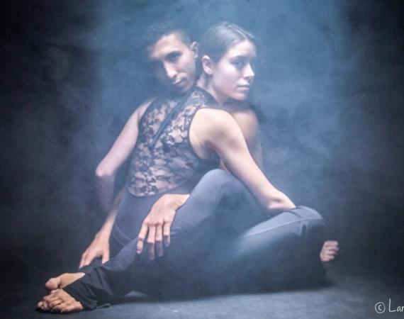 Balletttänzerin: Paarshooting im Rauch