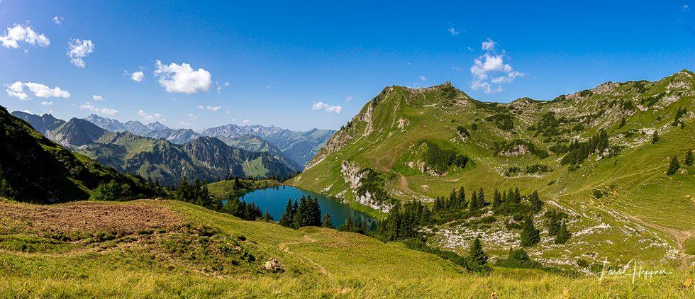 Bergsee Alpenpanorama