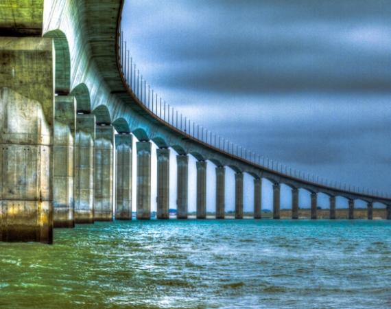 Die Brücke der Île de Ré als HDR.