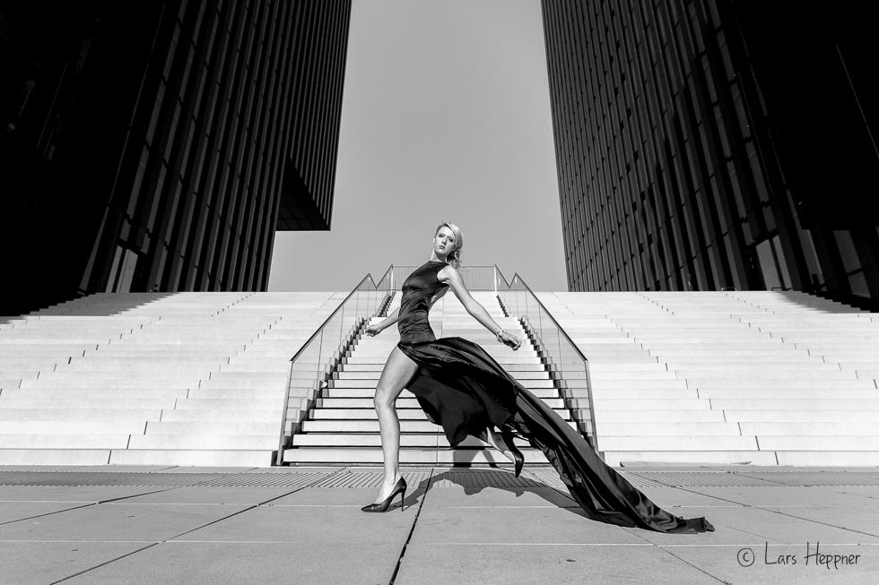Fashion-Fotografie trifft auf Architektur-Fotografie