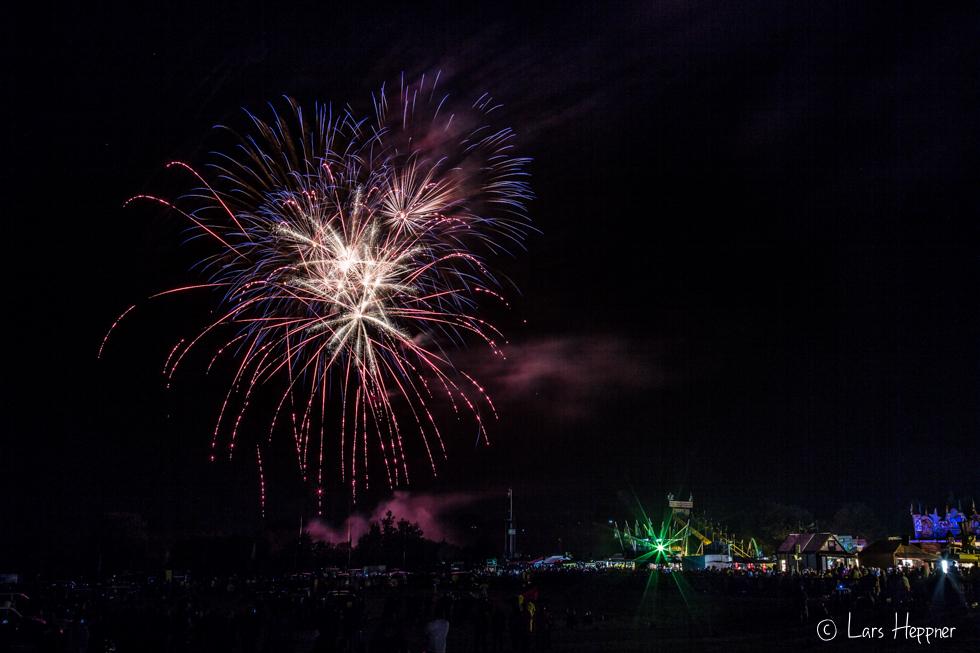 Feuerwerk bei der Montgolfiade