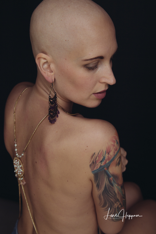 Fuck you cancer - Portraitshooting mit LaLuna Nadine