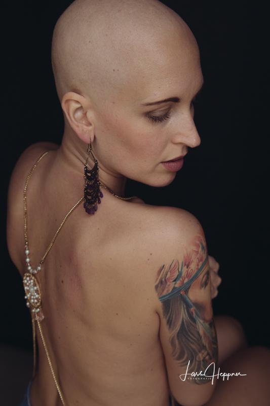Fuck you cancer - Portraitshooting mit LaLuna Nadine