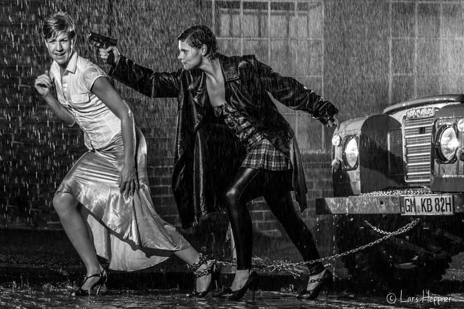 Flucht im Regen