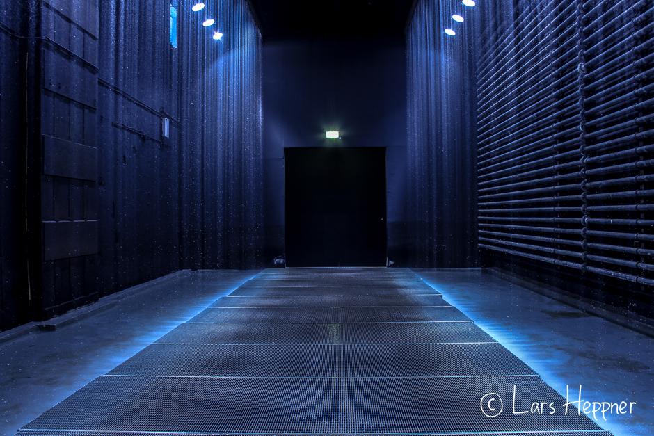 """Zentrum für internationale Lichtkunst Unna: Olafur Eliasson """"Olafur Eliasson """"Der reflektierende Korridor"""""""""""