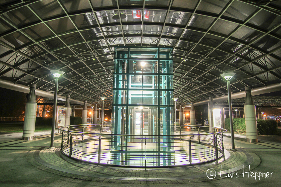 S-Bahn Station an der Dortmunder Westfalenhalle