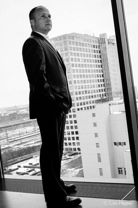 Business Shooting mit Marko in schwarz-weiss