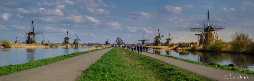 Ausflugsziel vieler Reisebusse - Die Windmühlen von Kinderdíjk