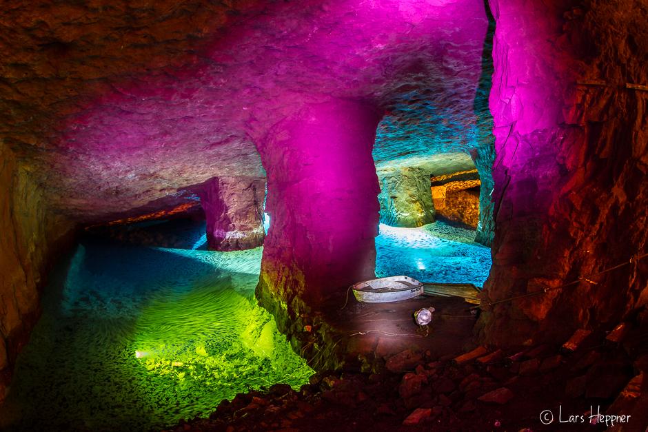 Unterirdischer See im Bergwerk