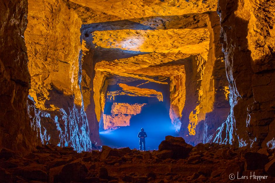 Mystische Stimmung beim Lightpainting im Bergwerk