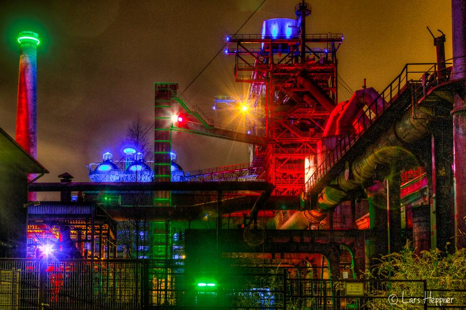 Landschaftspark Duisburg-Nord bei Nacht als HDR-Foto
