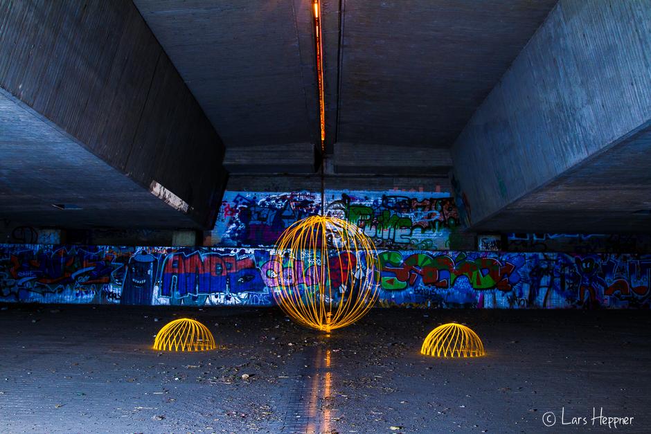 "Lightpainting ""under the bridge"""