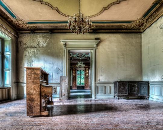 Lost Place Villa Amalia (Villa Woodstock) – HDR
