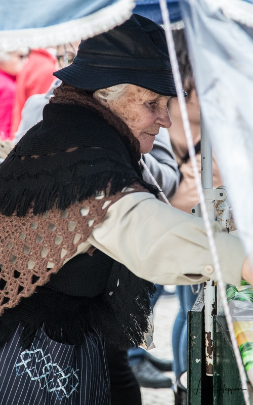 Nazaré People - Marktfrau