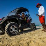 """Unterwegs mit Pavel Kaplun in Abu Dhabi: Ein Rettungsschwimmer am Privat-Strand des """"Park Hyatt Abu Dhabi Hotel and Villas"""""""