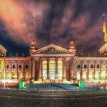 Berliner Reichstag bei Nacht in HDR