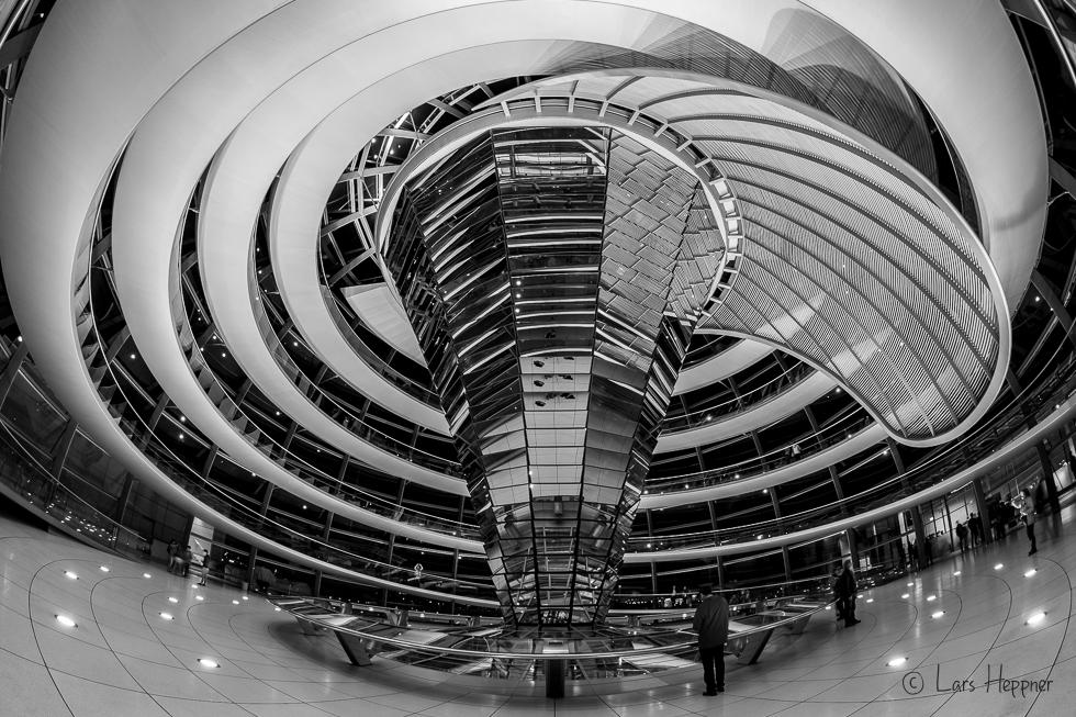 Linienführung in der Reichstagskuppel