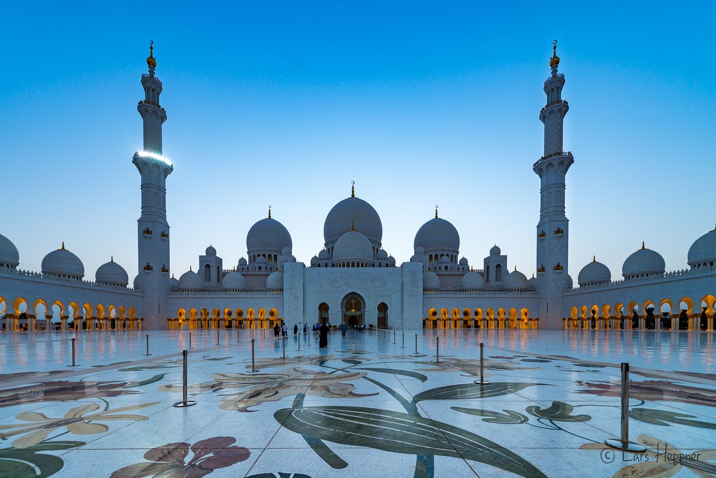 Reisetipp Abu Dhabi - Die Sheikh Zayid Moschee