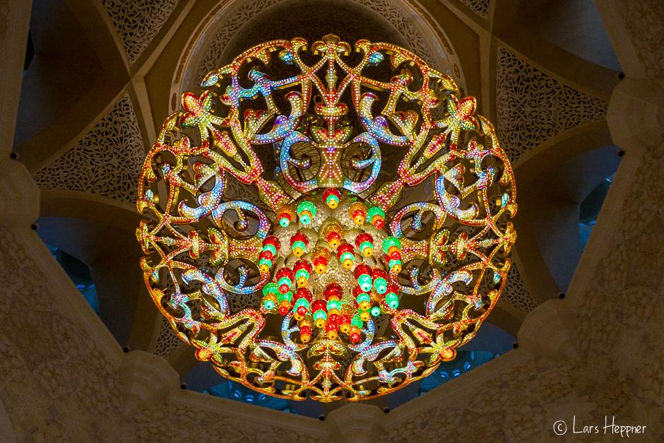 Kronleuchter in der Scheich Zayid Moschee