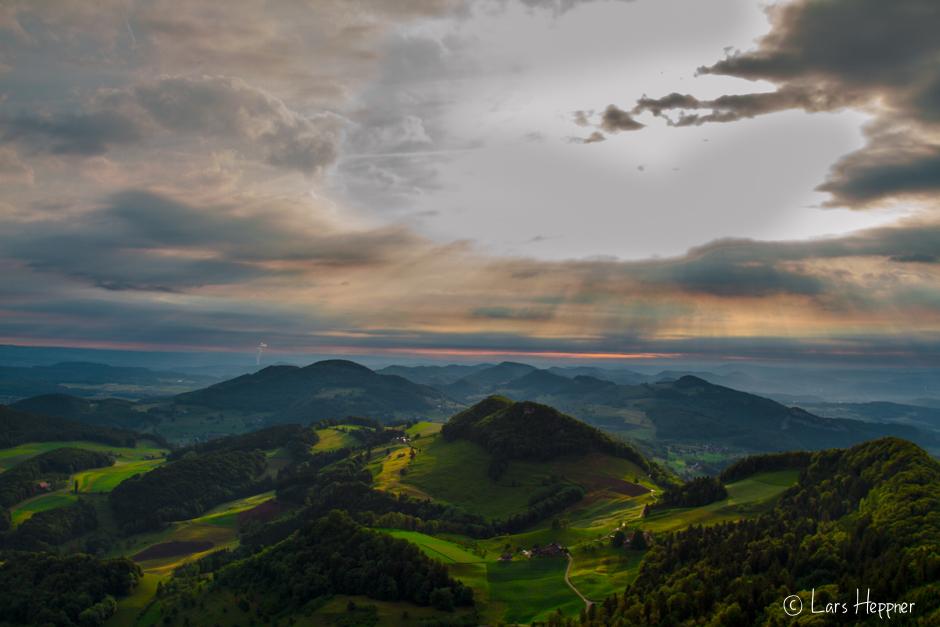 Sonnenaufgang in der Schweiz Belchenflüh