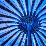 Architektur Fotografie: Das Dach des Sony Centers