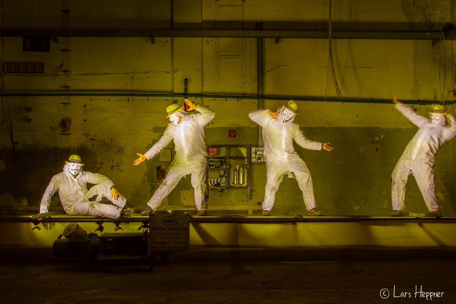 Anonymous Tanz beim Light Painting: Yes Sir I can Boogie