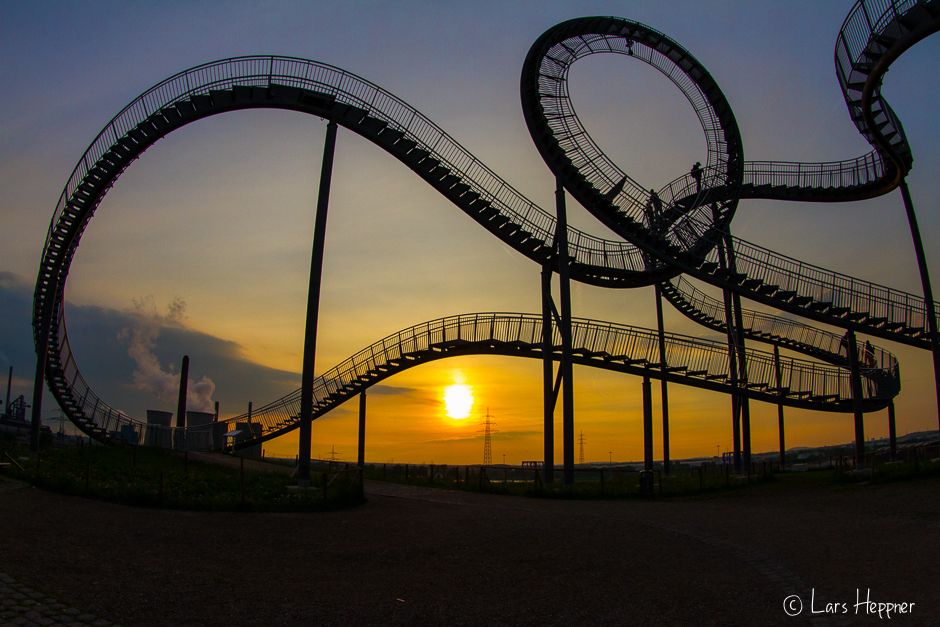 Sonnenuntergang am Tiger & Turtle – Magic Mountain