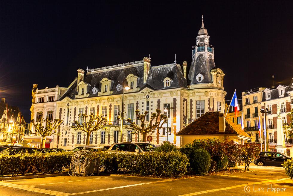 Das Rathaus in Trouville