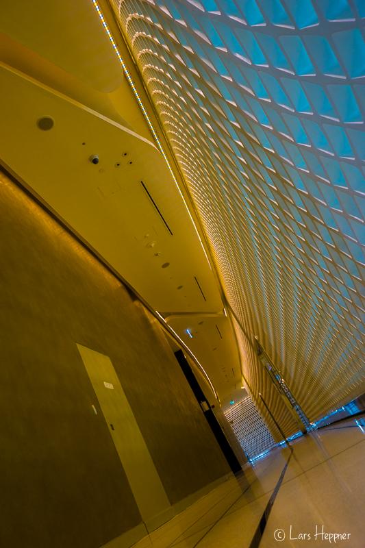Das Yas Viceroy Hotel liegt direkt an der Formel1 Rennstrecke in Abu Dhabi