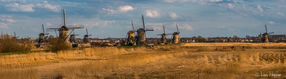 Kinderdijk Windmühlen - Panoramafoto der Windmühlen